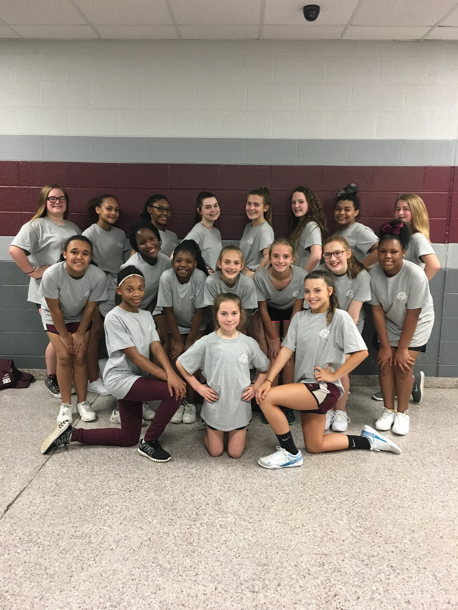 2017-2018 Rams Cheer Squad